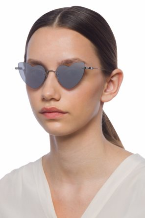 Heart-shaped sunglasses od Saint Laurent