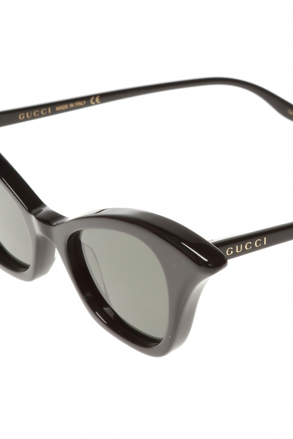 Sunglasses with logo od Gucci