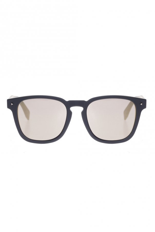 'i see you' sunglasses od Fendi