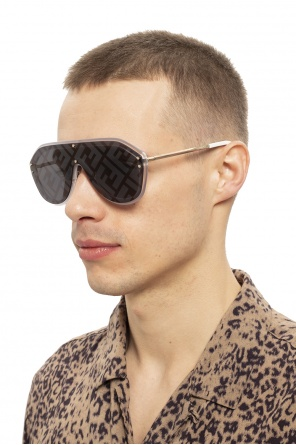 Logo sunglasses od Fendi