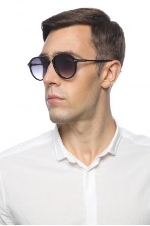 Logo sunglasses od Tom Ford