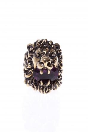 Lion's head-shaped ring od Gucci