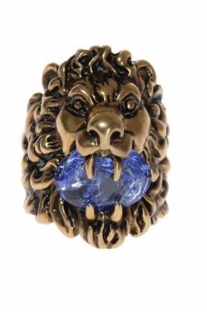 Lion head ring od Gucci