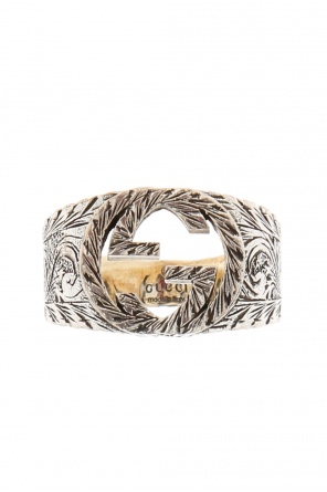 Embossed ring od Gucci