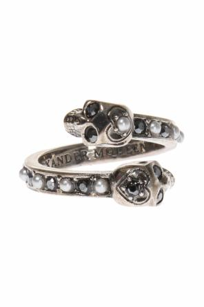 Ring with skulls od Alexander McQueen