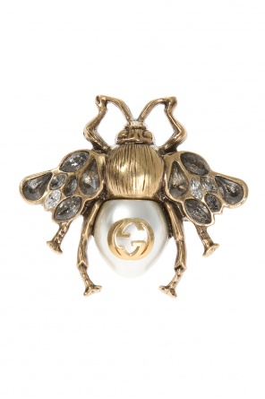 Bee-shaped ring od Gucci