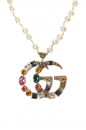 Necklace with logo-shaped charm od Gucci