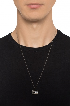Dice necklace od Saint Laurent