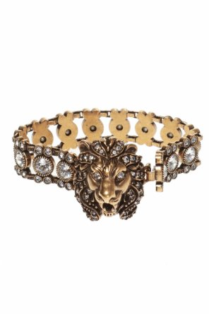 Lion head bracelet od Gucci