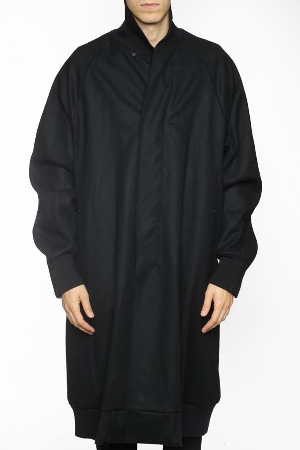 Coat with zip sleeve od Julius