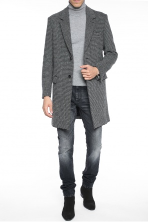 Patterned single-vented coat od Ami Alexandre Mattiussi