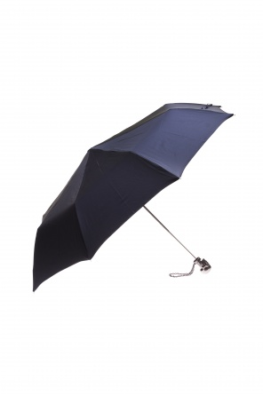 Skull handle umbrella od Alexander McQueen