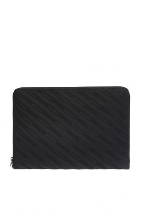 'explorer' laptop case od Balenciaga