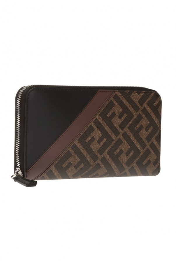 Monogram wallet od Fendi