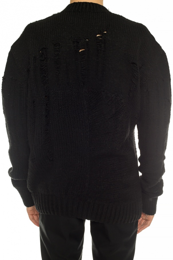 Raw-edged sweater od Ann Demeulemeester