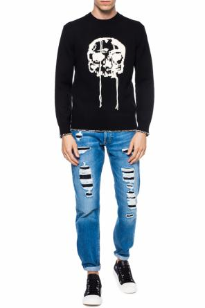 Embroidered skull sweater od Alexander McQueen