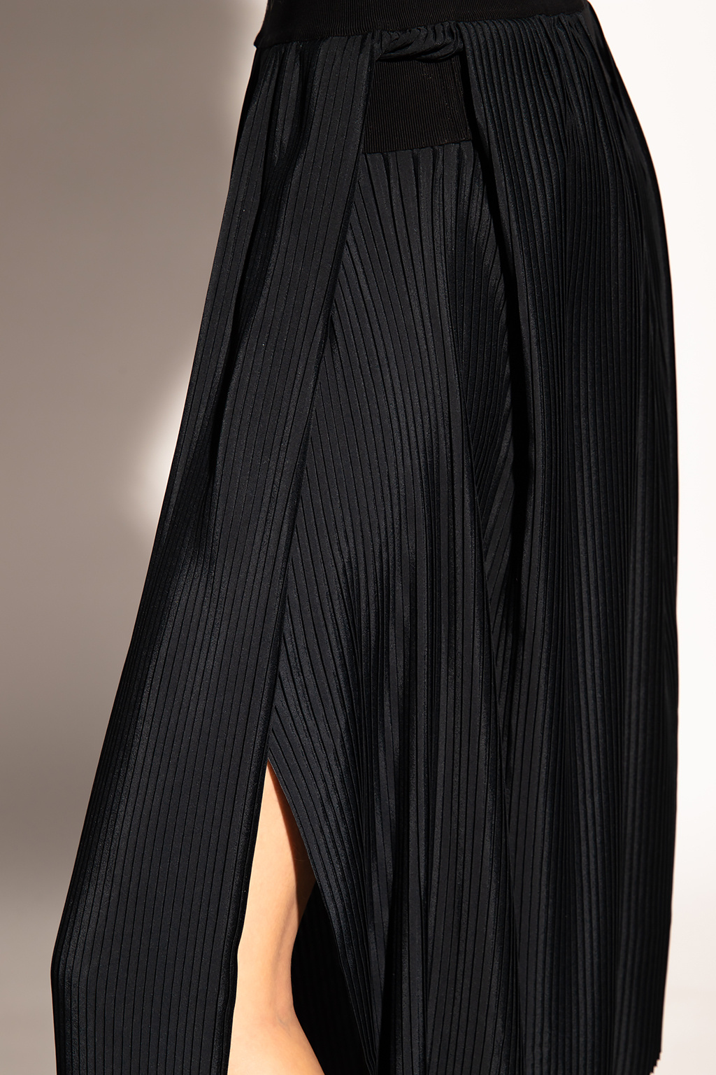 Givenchy Pleated skirt with logo