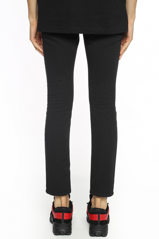 Safety-pin trousers od Versace Versus