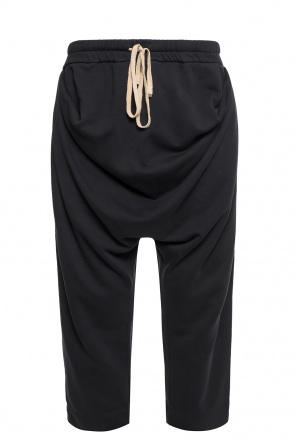 Loose-fit trousers od Vivienne Westwood