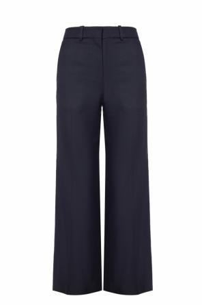 Pleat-front flared pants od Victoria Beckham