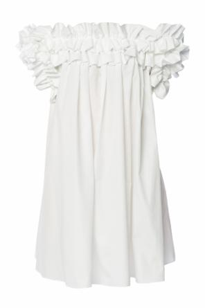 Open-shoulder dress od Alexander McQueen
