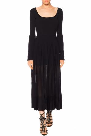 Long sleeve pleated dress od Alexander McQueen