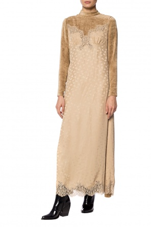 Long velvet dress with a stand up collar od Stella McCartney