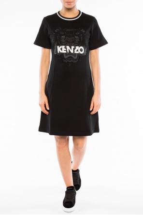 Tiger head dress od Kenzo