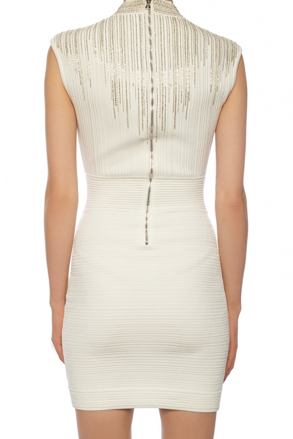 Dress with deep neckline od Balmain