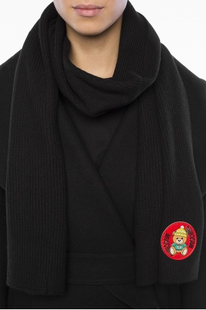 Rubber teddy bear scarf od Moschino
