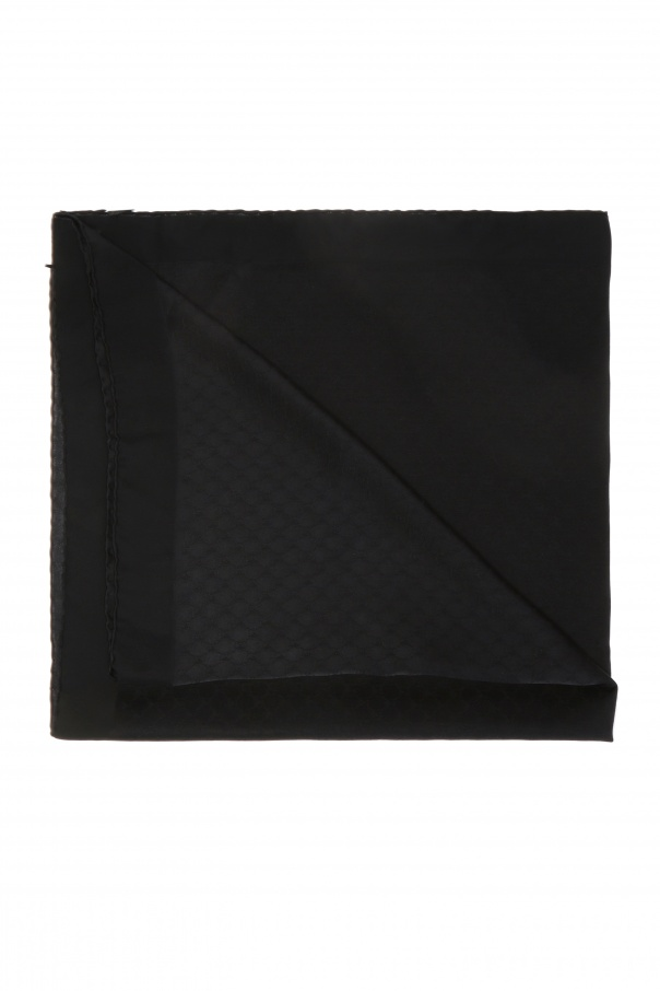 Moschino 品牌围巾