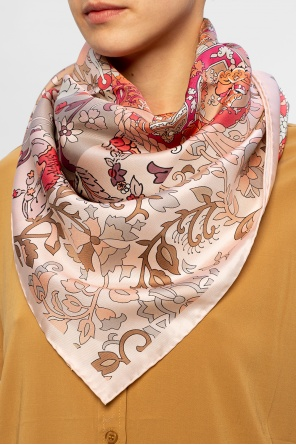 Silk shawl od Salvatore Ferragamo