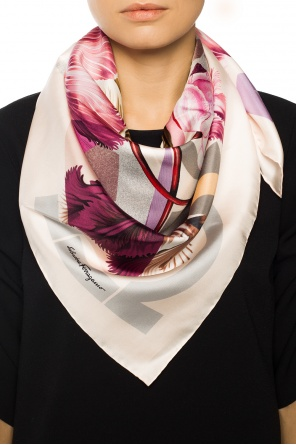 Patterned shawl od Salvatore Ferragamo