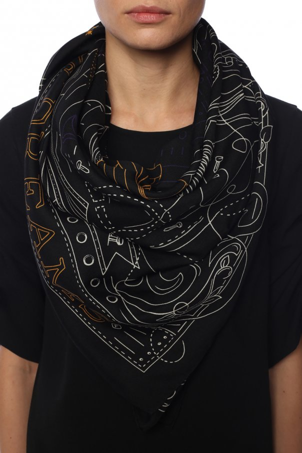 Patterned scarf od Salvatore Ferragamo