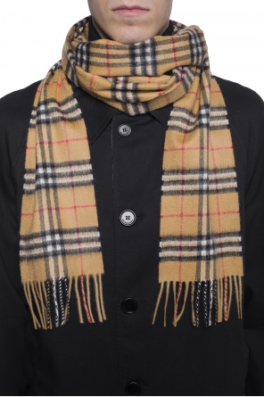 Checked scarf od Burberry