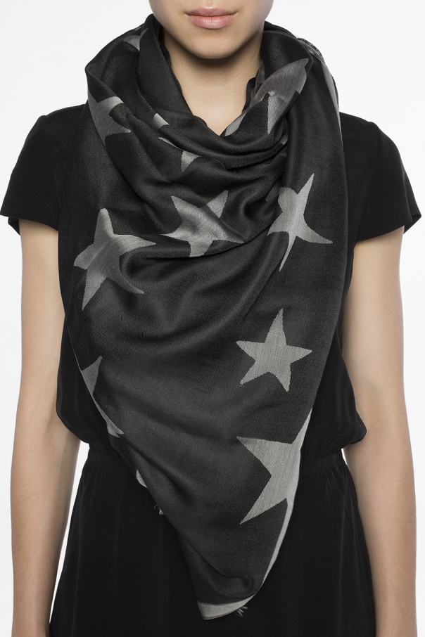 Star-patterned scarf od Stella McCartney