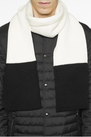 Braided scarf od Bottega Veneta