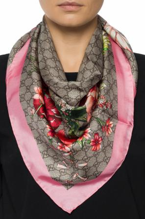 Shawl with a floral motif od Gucci