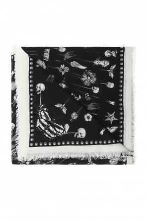 Embroidered shawl od Alexander McQueen