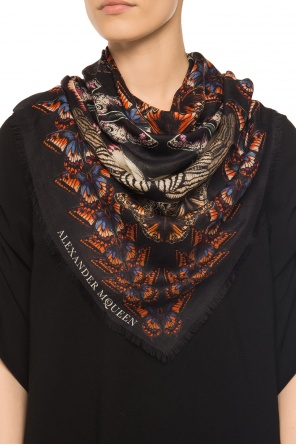 Patterned shawl od Alexander McQueen