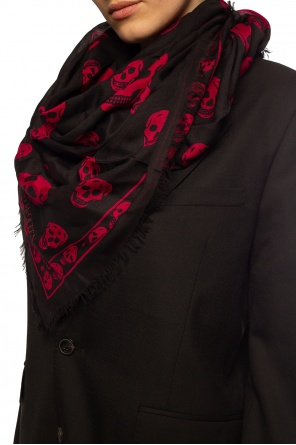 Patterned scarf od Alexander McQueen