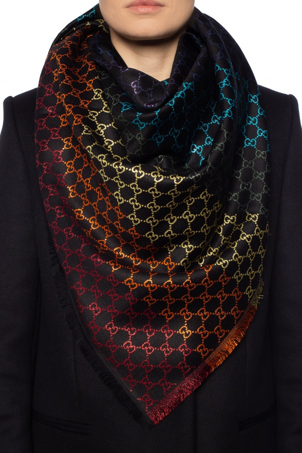 Reversible shawl with fringes od Gucci