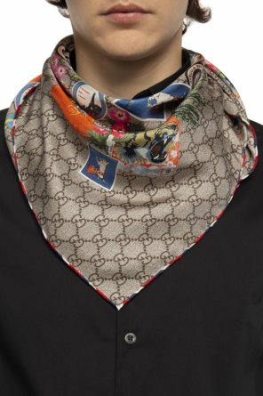 Patterned scarf with fringes od Gucci