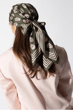Scull motif scarf od Alexander McQueen