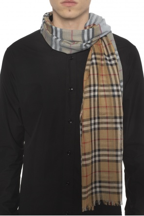 b5c887994312 Checked scarf od Burberry ...
