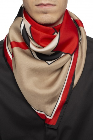 Patterned shawl od Burberry