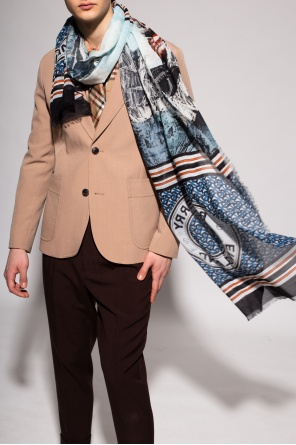 Patterned scarf od Burberry