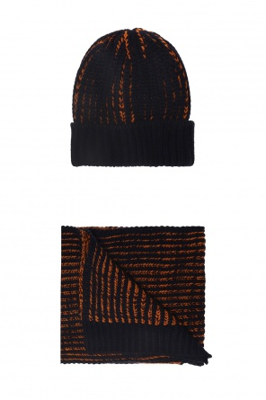 Winter hat and scarf od Diesel