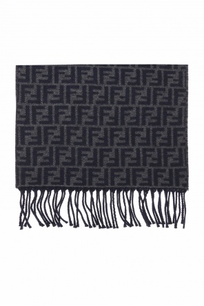Reversible scarf od Fendi