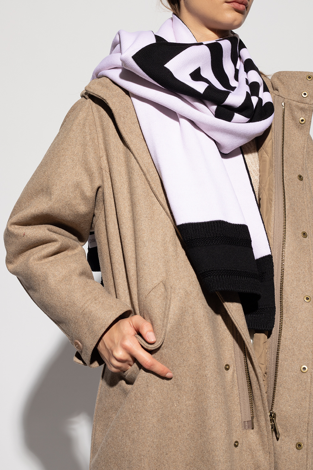 Givenchy Wool scarf with logo